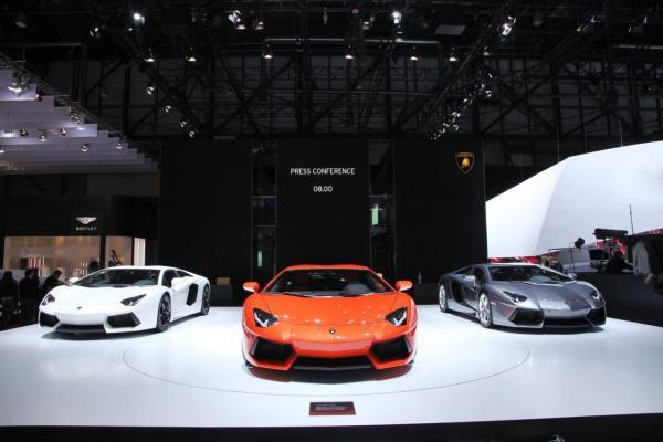 Lamborghini-s didi gegmebi aqvs